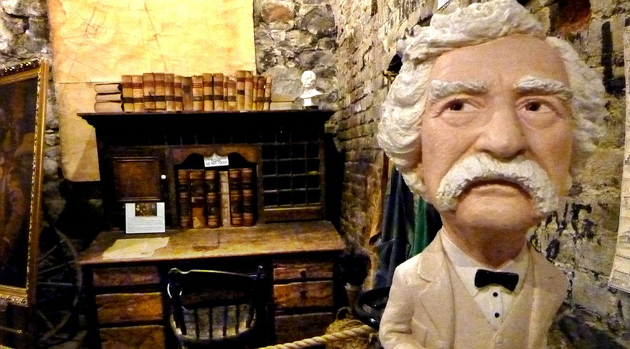 mark twain writing style - mark twain mark twain is believed to be the father of all american literature twain was known for writing about issues of his time such as slavery, due to his style of honesty and truth he was known as one of the very first modernist writers.